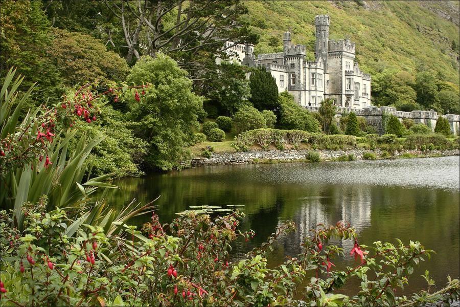 Kylemore Abbey in Western Ireland, a region where Jamie Lipson will study during his IKB fellowship.