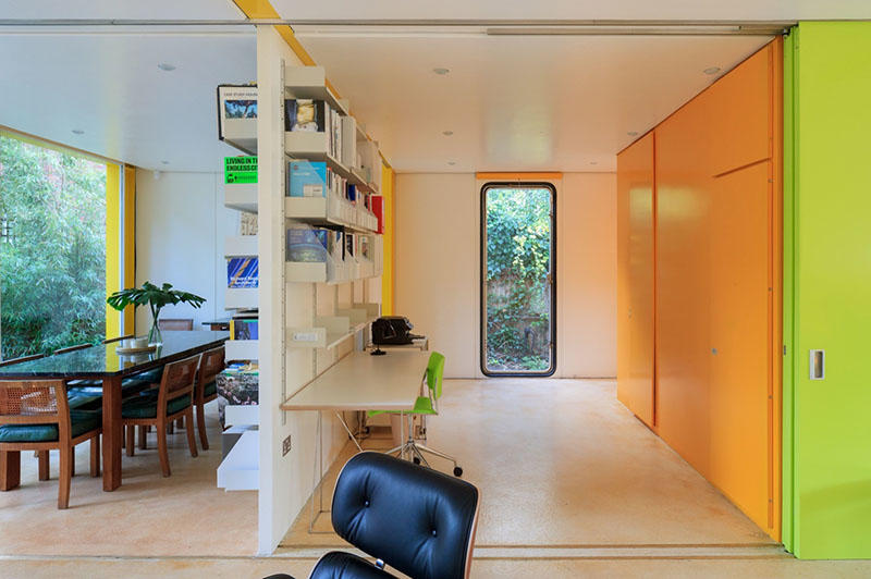 Richard Rogers fellows live and work at Wimbledon house – a heritage-listed property considered one of the most important modern houses in the UK.