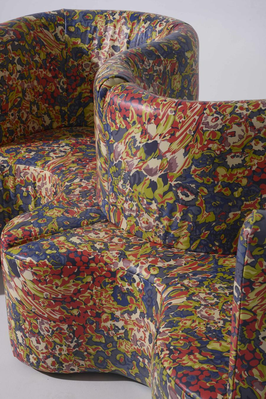 A sofa covered in Florabunda from Moore & Giles