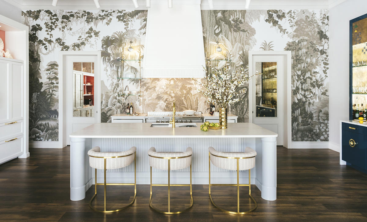 The latest arrivals to the Miami Design District, Alessandra Branca's new showroom, and more