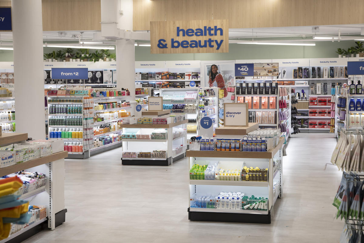 At Bed Bath & Beyond's revamped New York flagship, less is more