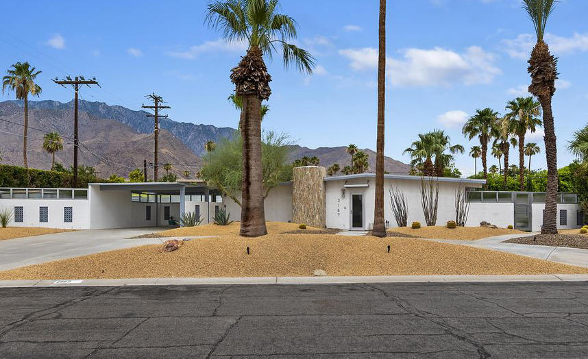 The house in Palm Springs that Dotolo and Gentry will turn into their first vacation rental