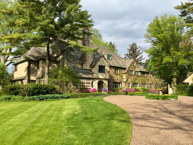 Lake Forest showhouse features Mark D. Sikes and 30+ designers