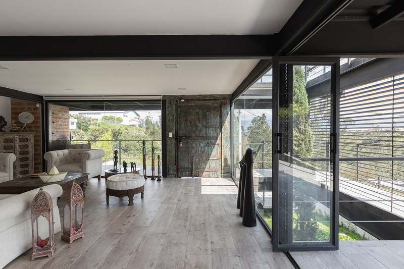 Horizontal House by Juan Tohme, a featured Architizer project