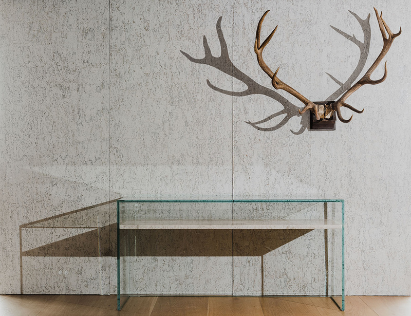 To Float From Grace: Console in Glass and Bianco Quartzite