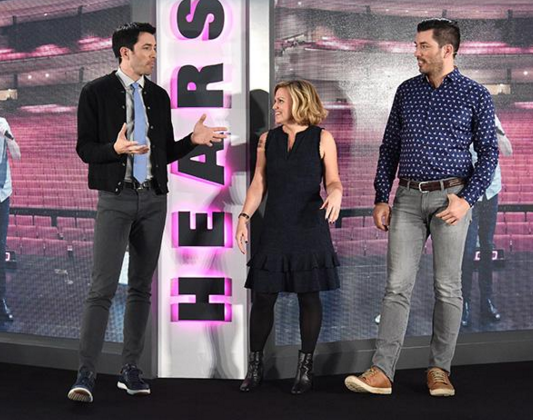 HGTV Magazine Editor-in-Chief Sara Peterson with Drew and Jonathan Scott