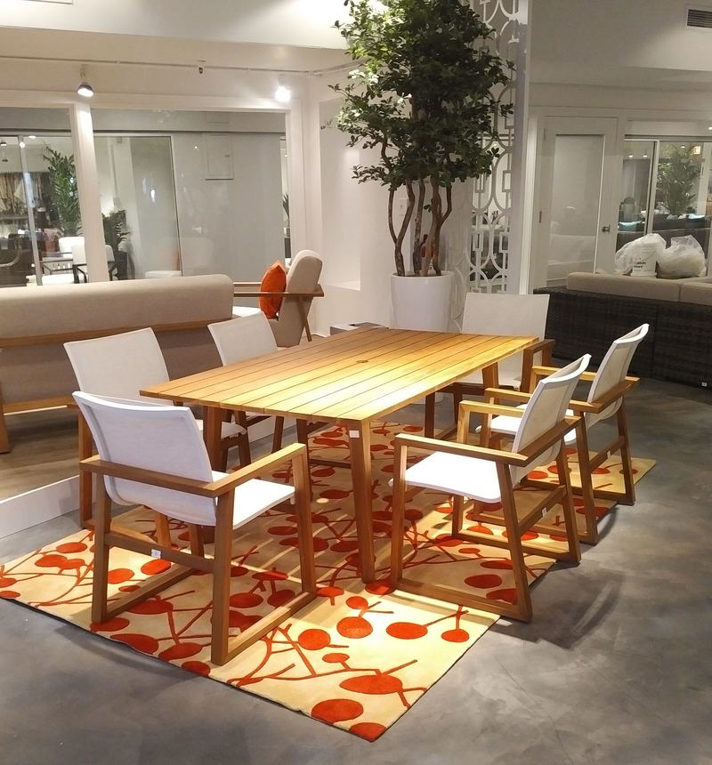 Showrooms open from coast to coast