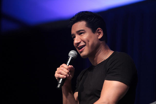 Houzz series pairs a design firm with Mario Lopez