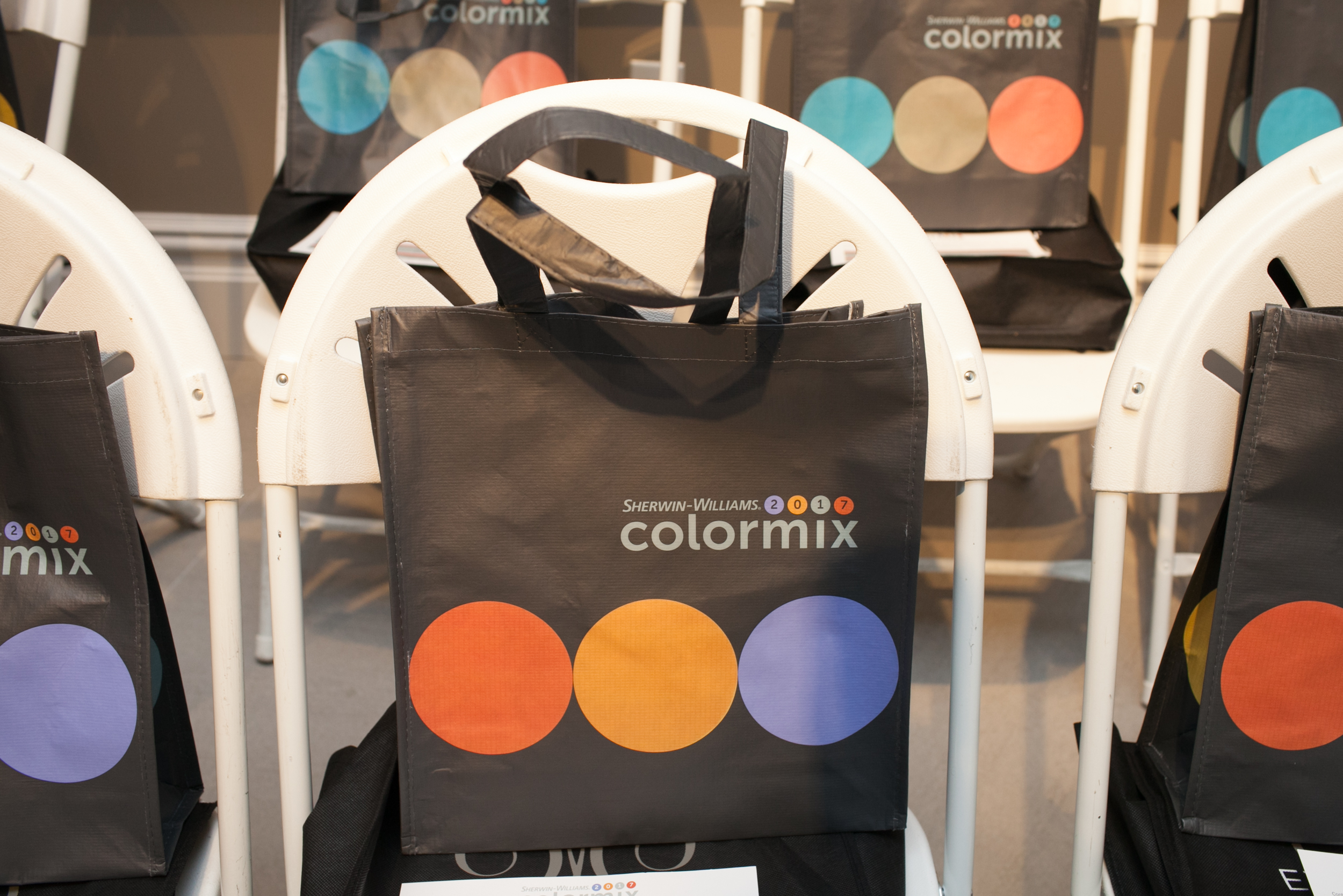 Sherwin-Williams Colormix bags for attendees