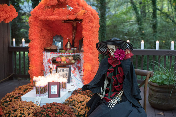 A replica of the traditional Dia de los Muertos altar (ofrenda).