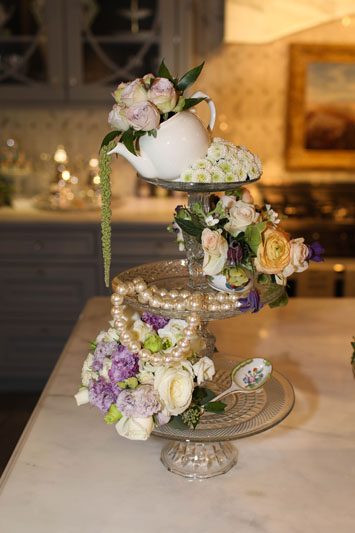 The whimsical design featured in designer Rajni Alex's kitchen vignette incorporated Starbright Floral Design's florals.