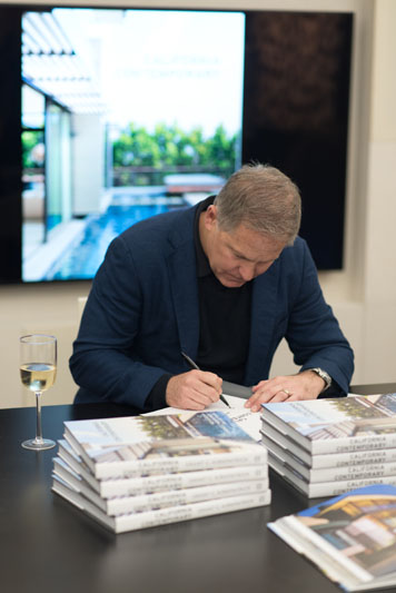 Grant C. Kirkpatrick signs copies of his book, 'California Contemporary.'