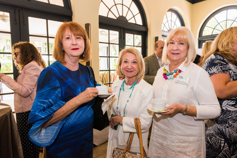 Ellie Caimano, Lynn Sciarrone and Marsha Koch enjoying refreshments at the Palm Beach Auth Lux Summit.