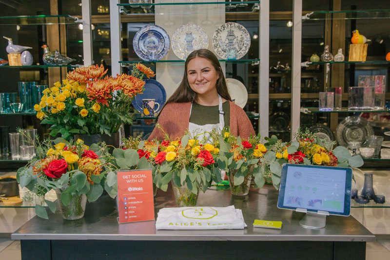 The Iittala brand featured floral demonstrations with Valerie Villante of Alice's Table.