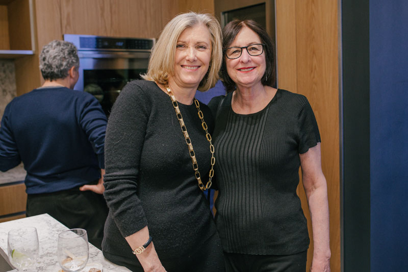 Julia Shuster, Barbara Haberman