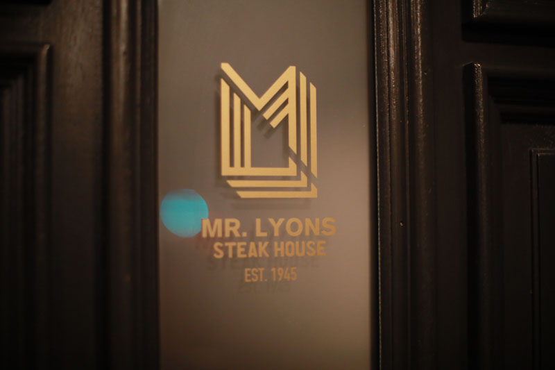 The designer dinner was held at renowned Palm Springs restaurant Mr. Lyons.