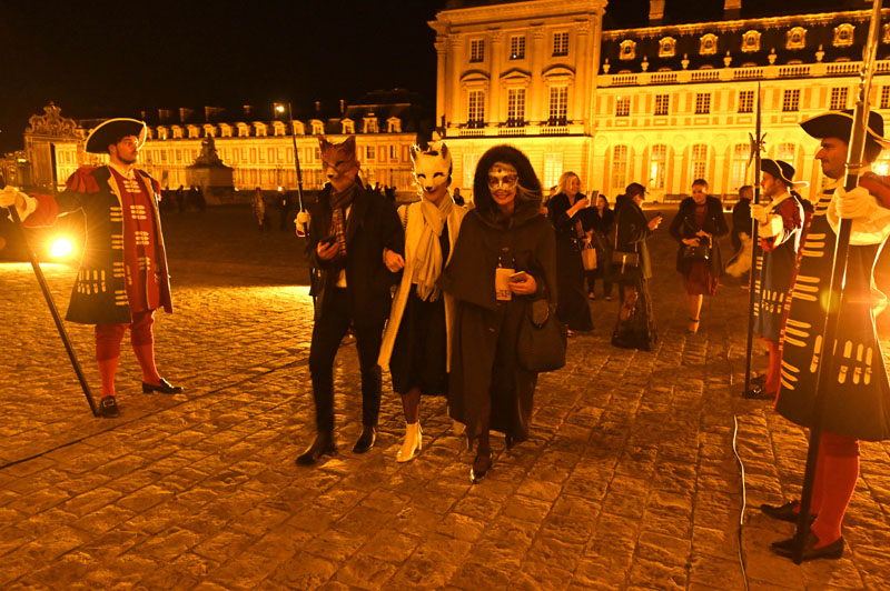 Erik Hughes, Lorissa Kimm and Kathy Best arriving at Versailles