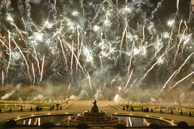 A magnificent fireworks show over the Gardens of Versailles