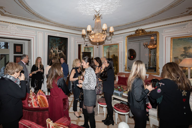 Timothy Corrigan hosted the ASID NY Metro Paris Experience group in his beautiful Paris apartment.