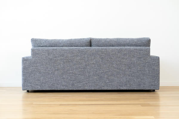 Linden Sofa in Gray linen