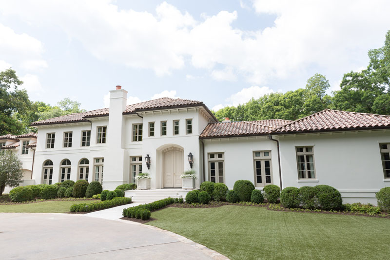 Front exterior, Atlanta Homes & Lifestyles 2020 Southeastern Designer Showhouse. Renovation by Benecki Homes, Linda MacArthur Architect, and Jason Cole of Cole Construction. Original architecture by Harrison Design.