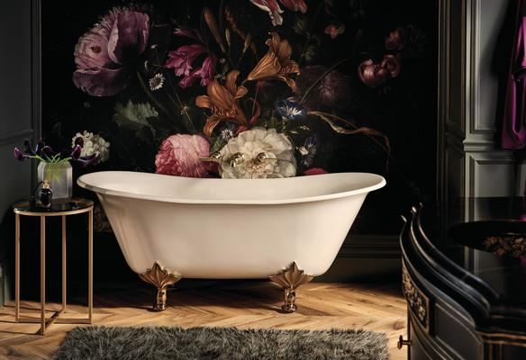 A tub featuring an Invari Collection Two-Handle Lavatory