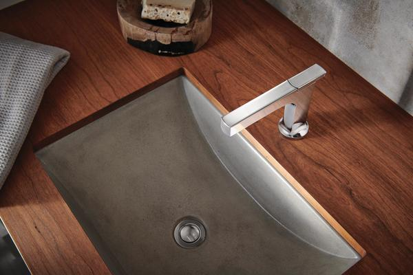 A Kintsu Collection faucet showcases the cross handle design