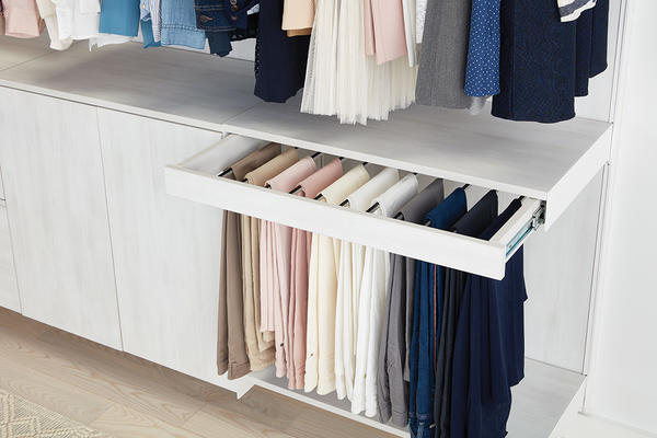 Avera Full-Extension, Soft-Close Gliding Pant Rack in Cloud