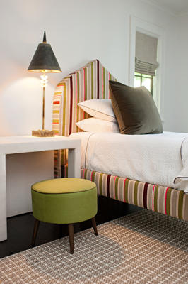 The Crown Bed in Teddy Stripe