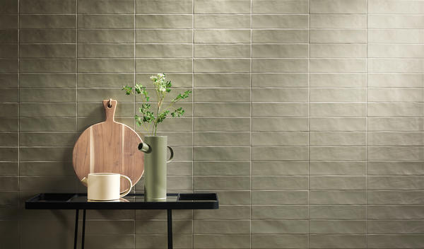 Bring a sense of nature to your next design project with Hues. Available in a wide range of mud-essence colorways, this collection is at once calming and inspiring. While straight edging gives this tile a contemporary feel, the organic surface texture nods to more artisanal roots.