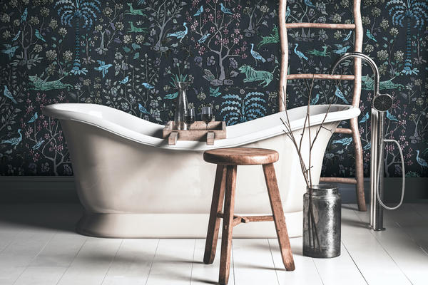 Mighty Jungle wallcovering in Midnight
