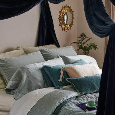 Harlow Shams and Harlow Coverlet in Mineral