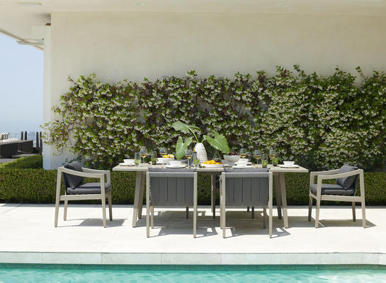 Del Mar Collection Dining Table and chairs