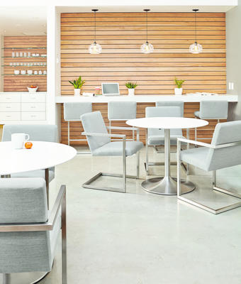 Aria tables and Lira chairs