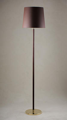The Huxley floor lamp comes as a sister piece to the Huxley table lamp. The leather used on the Huxley is produced using plant-based materials and environmentally conscious techniques. The Huxley comes in Chocolate Leather with a Brass or Antiqued Brass base.