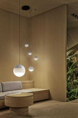 Dipping Light by Cluster