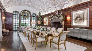 Kim radovich interiors   christmas dinner dining room photo by alan barry