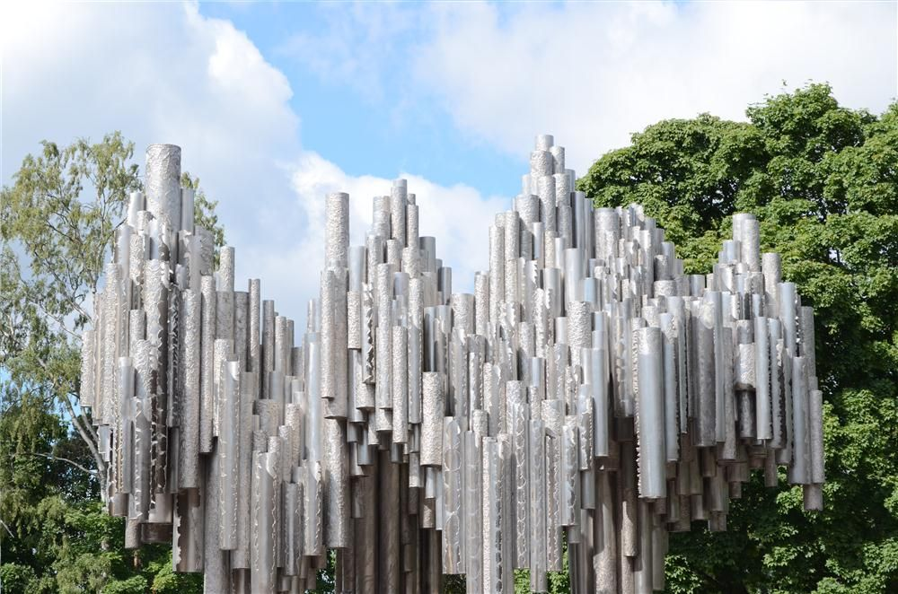 The Sibelius Monument consists of series of more than 600 hollow steel pipes welded together in a wave-like pattern.