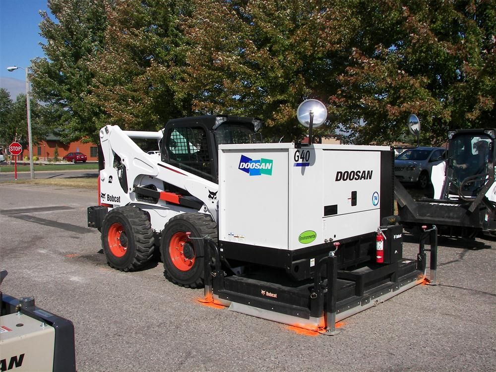 Auctions In Ohio >> Lano Equipment Hosts Bobcat Reclaimer Attachment Demo :: Story ID: 21334 :: Construction ...