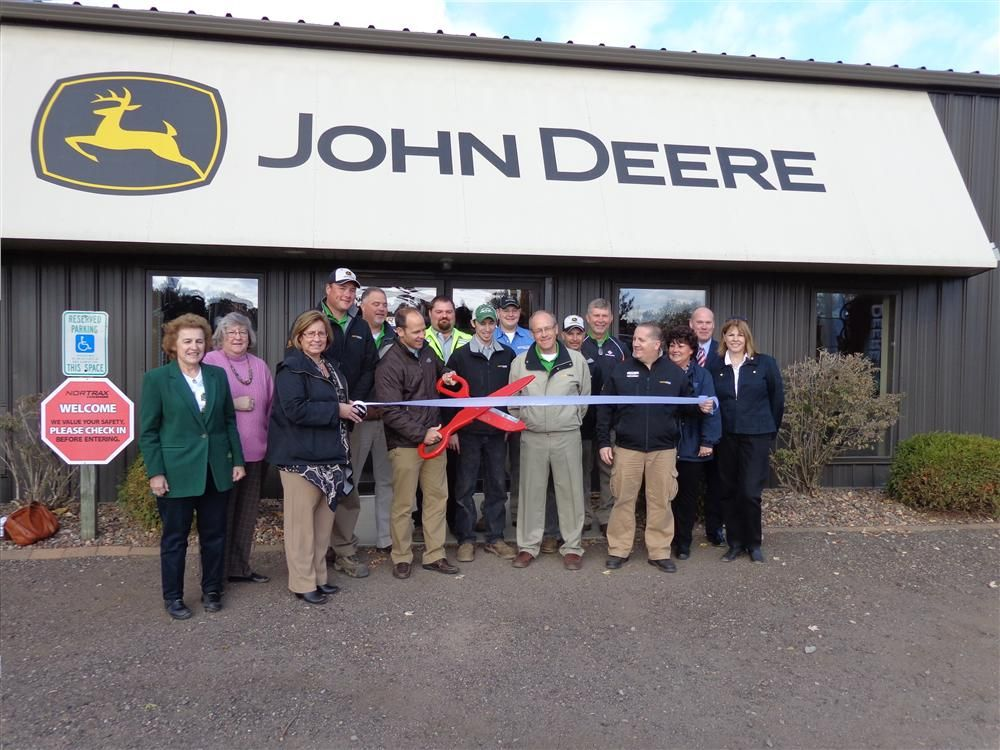 Nortrax recently celebrated the grand opening of its newest full service John Deere construction and forestry dealership in Mosinee, Wis.
