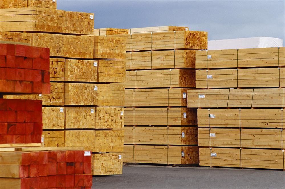 Construction contractors face a continuing cost squeeze, even though a key price index for construction materials dipped in October and showed only a moderate increase over the past year, according to an analysis of federal figures released Nov. 14 by the
