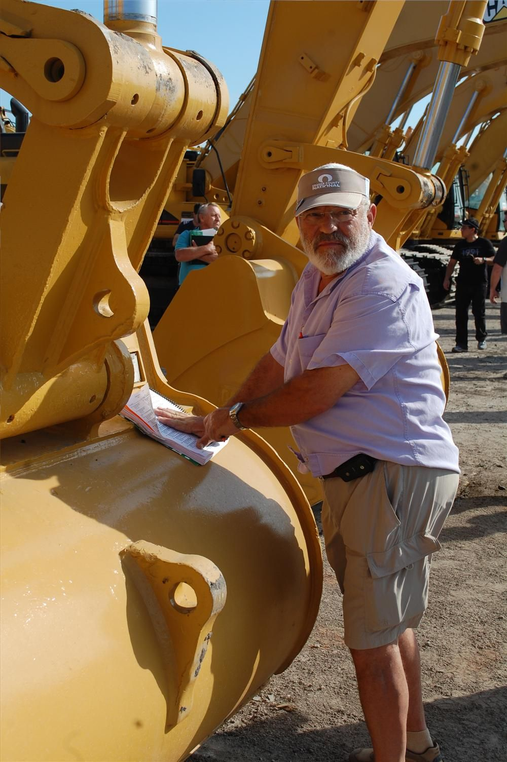Mike Pearle of Equipment Mart of New York has been attending the Florida auctions for more than 30 years.