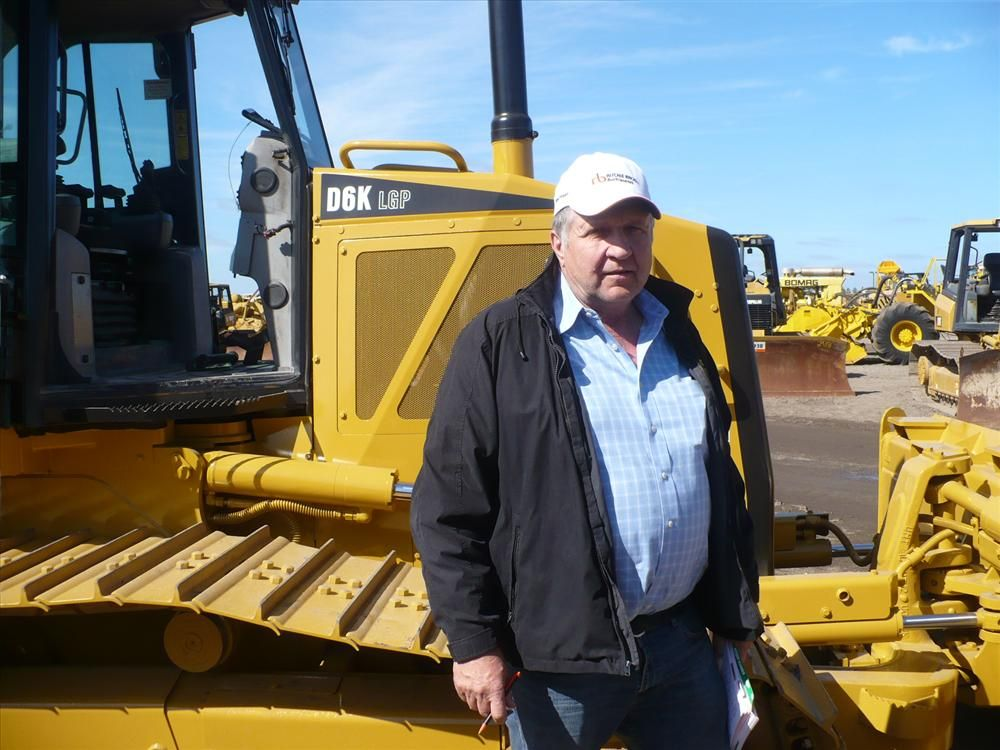 Tom Scheckel of Scheckel Construction came all the way from Iowa to find a D6 for his grading business.