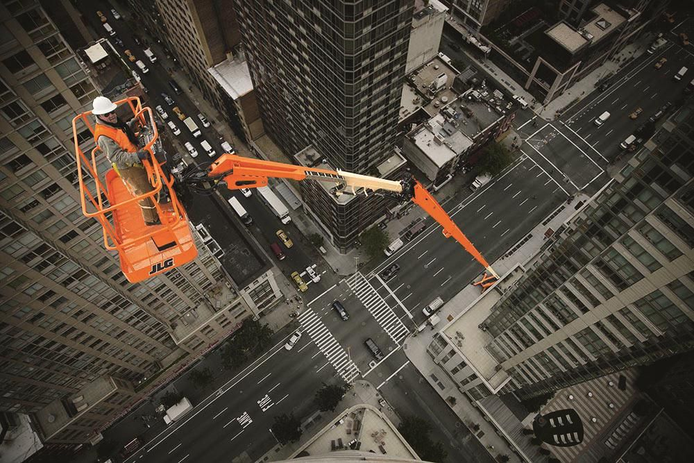 Jlg Launches World S Largest Self Propelled Boom Lift