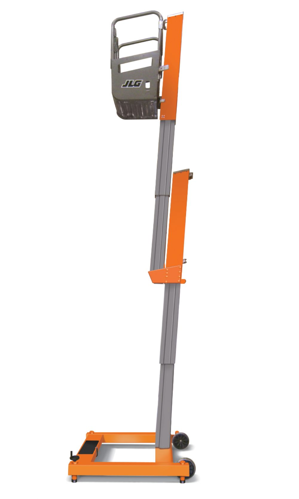 The JLG FT140 features a new telescoping mast that provides clearance when you need it and is easily stowed when you want it, allowing workers to stand in an enclosed platform and move hands-free in a 360-degree range of motion.