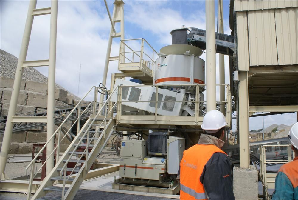 Metso HP3 cone crusher in a stationary application.