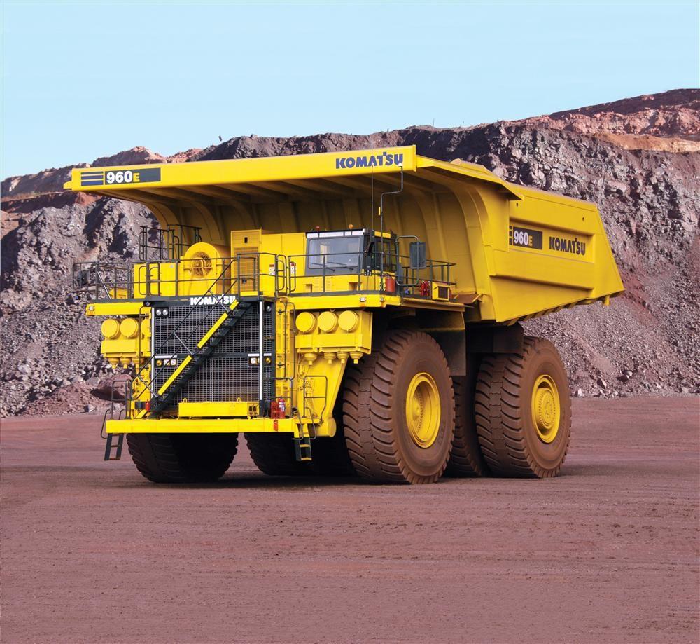 Komatsu 960E-2K Provides The Right Match For Mining