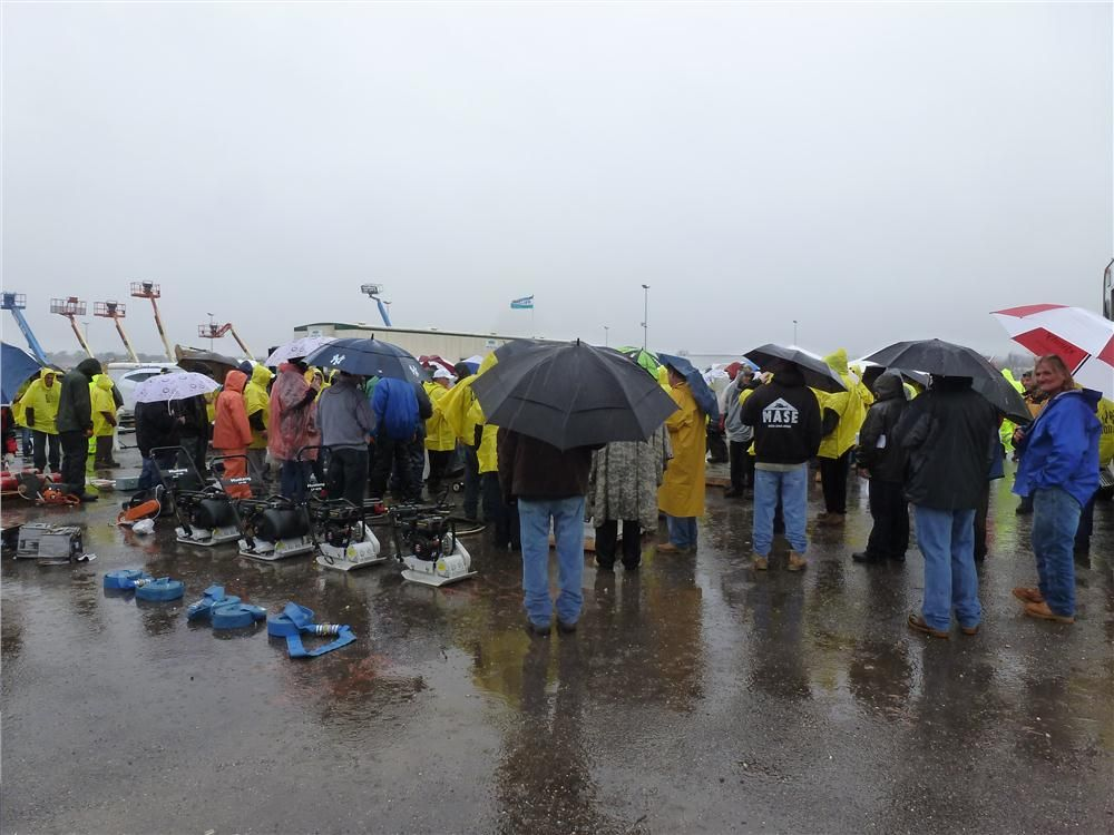 With lots of rain, the weather once again was a factor at the annual Alex Lyon & Son auction in Atlantic City.