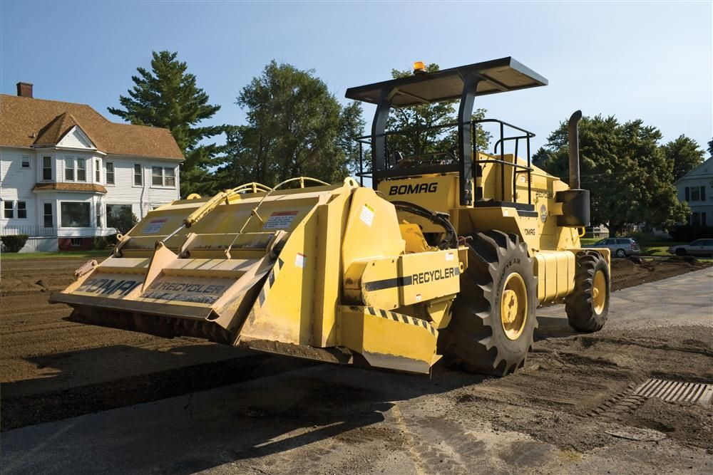 C.N. Wood now carries a complete range of asphalt compaction, paving and preservation equipment, including the MPH 362 recycler/stabilizer.
