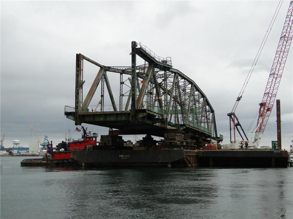 Photo courtesy of Dennis McIntire, Rye, N.H. South span just removed from position.